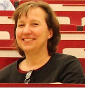 Frau Dr. Angela Hahn